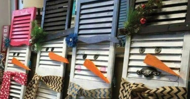 Outdoor Christmas Decoration Idea #4: Window Shutter Snowmen