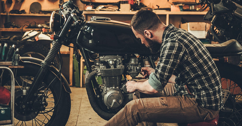 5 Tips for Creating a Custom Motorcycle Shop at Your House