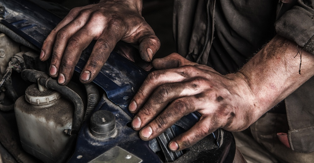 4 Reasons to Buy a Dakota Storage Gearhead Garage